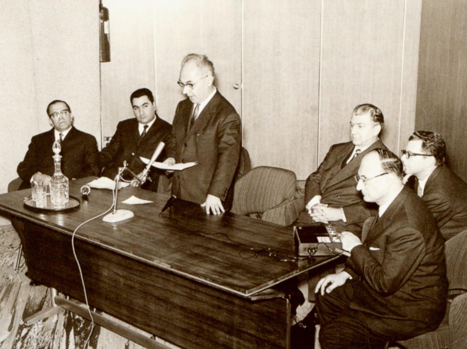 Foto d'epoca del comitato direttivo dell'UAI