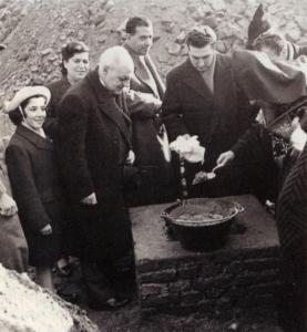 Benedizione posa della prima pietra della Chiesa Armena di Milano (1951)